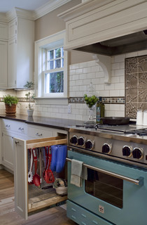 Hide and Keep – Kitchen Storage Solutions