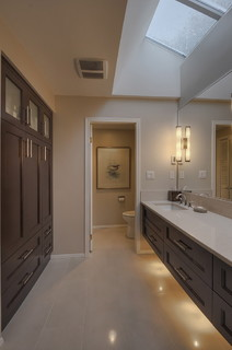 2012 Trends: What's New in Bathroom Cabinetry