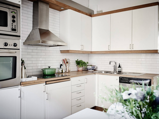 White subway tiles : 15 ideas for the kitchen backsplash