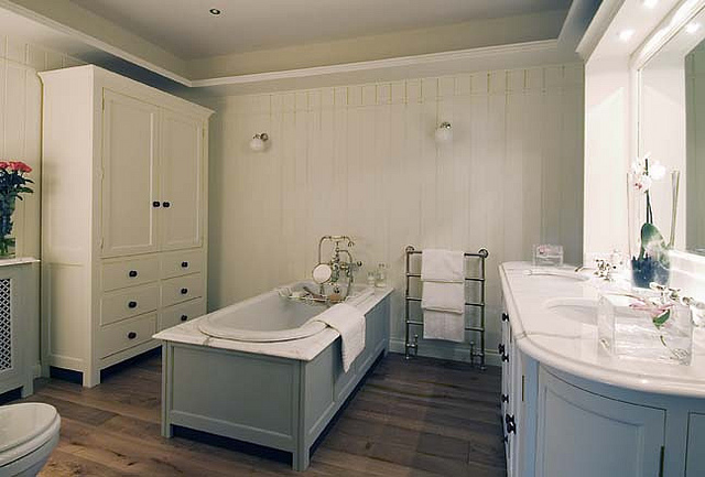 Creating A Luxury Bathroom On A Budget