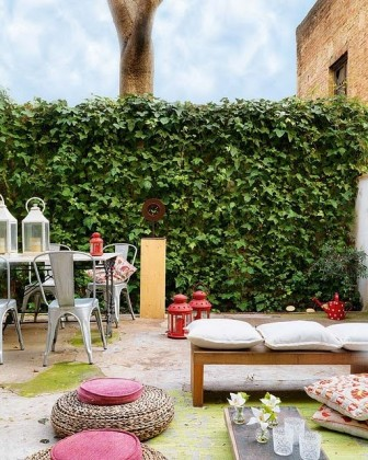 10 inspiring ways to fence-in you space!